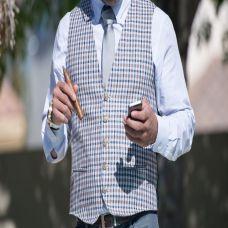 Cách chọn áo sơ mi phù hợp với các bạn nam